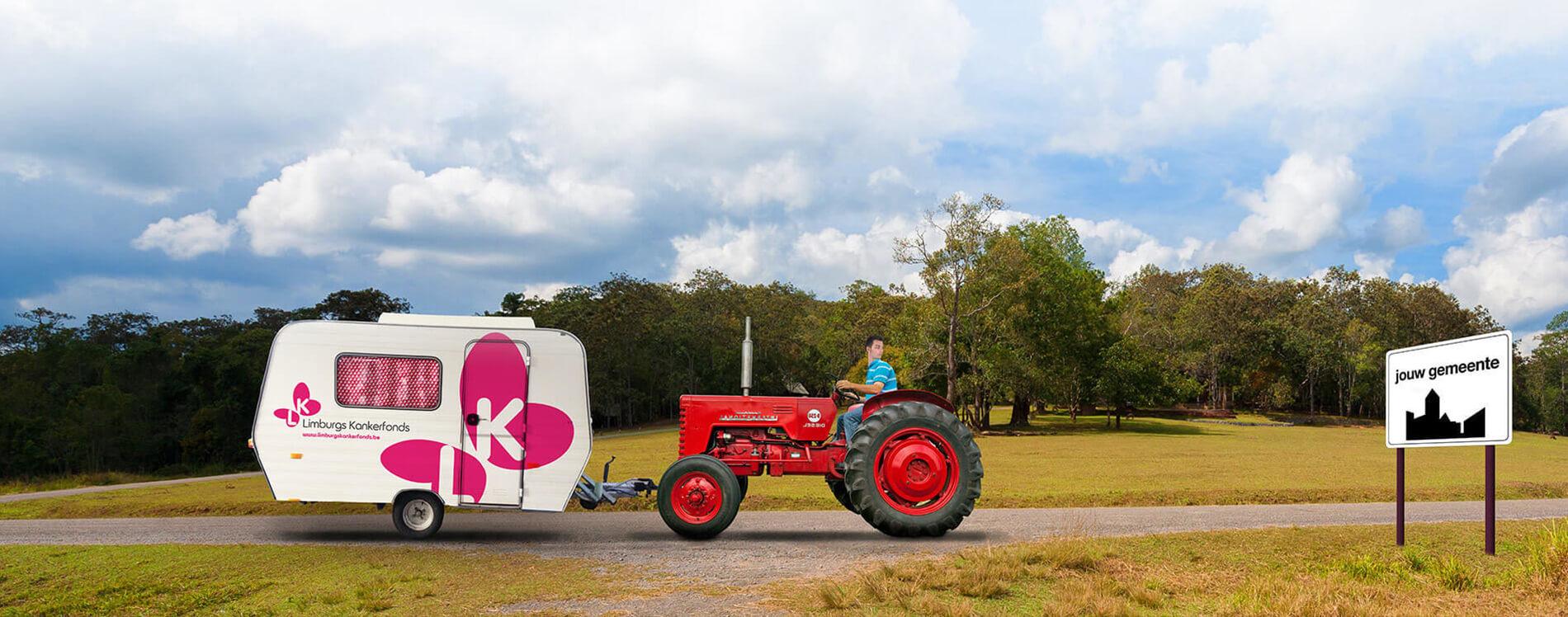 Lika Caravan tractor